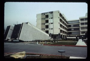 Olive View Hospital, 1971
