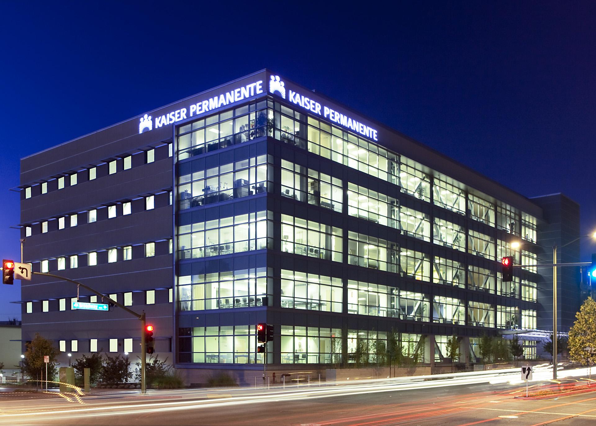 Kaiser Permanente, Oakland Cancer Care Center, Medical Office Building